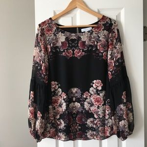 NWOT Boutique bell long sleeves top